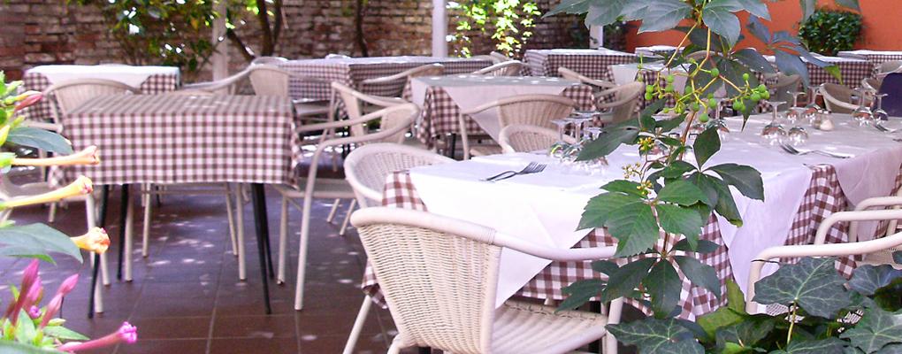 trattoria ristorante con giardino a Ferrara
